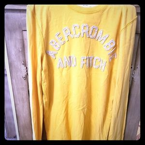 Mens Small Yellow Abercrombie Long Sleeve Tee